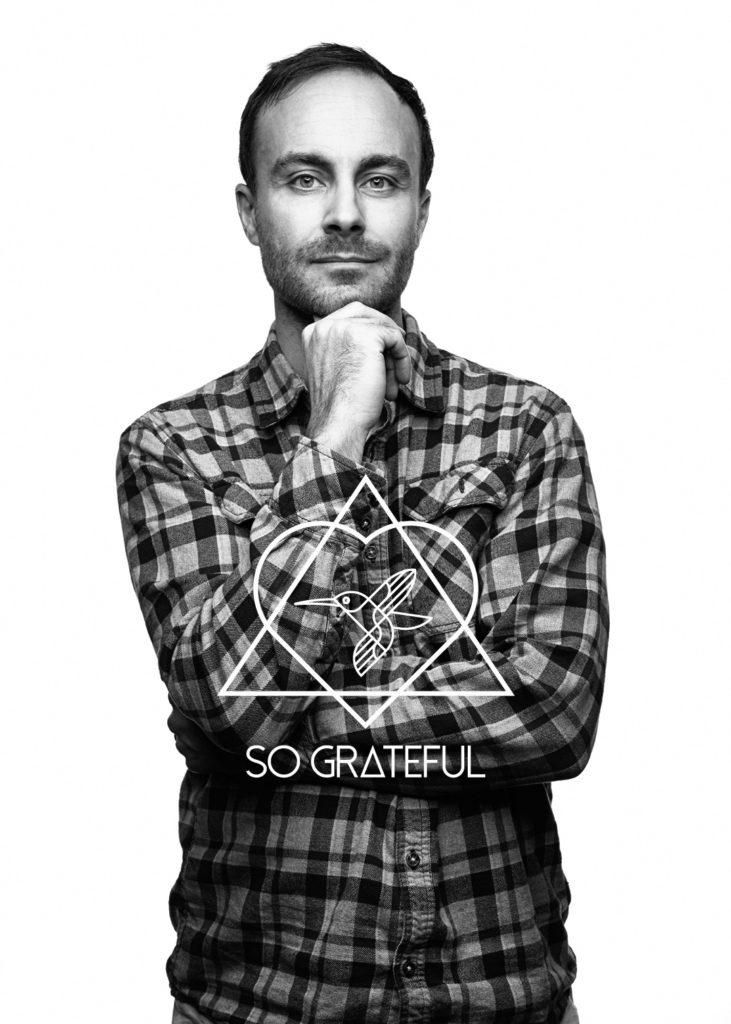 Simon-sograteful-with-logo